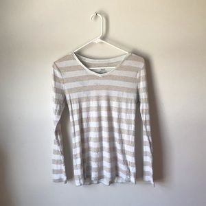 White and beige stripped long sleeve T-shirt